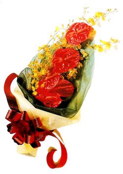özel 5 adet antorium buketi   İzmit online çiçek gönderme sipariş