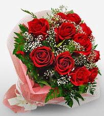 12 adet kırmızı güllerden kaliteli gül  İzmit online çiçekçi , çiçek siparişi