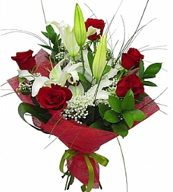 1 dal kazablanka 5 kırmızı gül buketi  İzmit çiçekçi mağazası