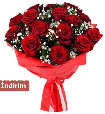 12 Adet kırmızı aşk gülleri  İzmit 14 şubat sevgililer günü çiçek