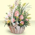 İzmit çiçek gönderme  sepette pembe güller