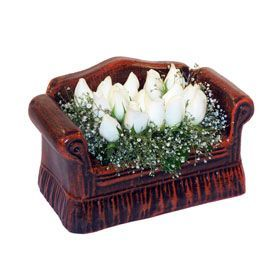 seramik içerisinde 11 gül  İzmit çiçek online çiçek siparişi