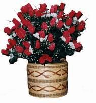 yapay kirmizi güller sepeti   İzmit çiçekçi mağazası