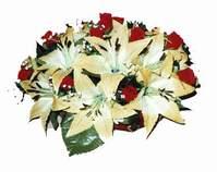 yapay karisik çiçek sepeti   İzmit yurtiçi ve yurtdışı çiçek siparişi