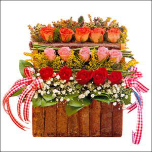 sandikta 3 kat güllerden   İzmit çiçek gönderme sitemiz güvenlidir