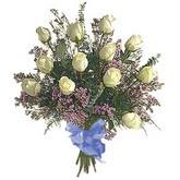 bir düzine beyaz gül buketi   İzmit online çiçek gönderme sipariş