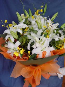 İzmit kaliteli taze ve ucuz çiçekler  5 ADET KAZABLANKA BUKETI KALITEDEN SASMAYANLARA