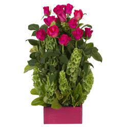 12 adet kirmizi gül aranjmani  İzmit hediye çiçek yolla