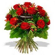 9 adet kirmizi gül ve kir çiçekleri  İzmit kaliteli taze ve ucuz çiçekler