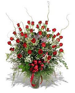 İzmit çiçek mağazası , çiçekçi adresleri  33 adet kirmizi gül vazo içerisinde
