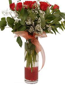 9 gül sevdiklerinize  İzmit 14 şubat sevgililer günü çiçek