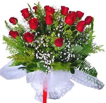 11 adet gösterisli kirmizi gül buketi  İzmit kaliteli taze ve ucuz çiçekler