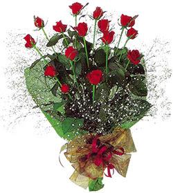 11 adet kirmizi gül buketi özel hediyelik  İzmit çiçek servisi , çiçekçi adresleri