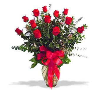 çiçek siparisi 11 adet kirmizi gül cam vazo  İzmit çiçek yolla , çiçek gönder , çiçekçi