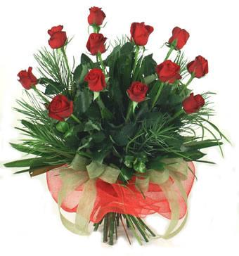 Çiçek yolla 12 adet kirmizi gül buketi  İzmit çiçek siparişi sitesi