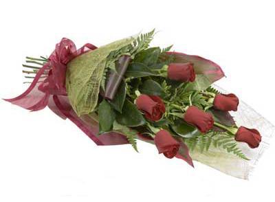 ucuz çiçek siparisi 6 adet kirmizi gül buket  İzmit çiçek mağazası , çiçekçi adresleri