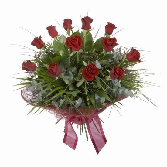 Etkileyici buket 11 adet kirmizi gül buketi  İzmit kaliteli taze ve ucuz çiçekler