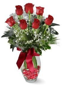 7 adet vazoda gül  İzmit kaliteli taze ve ucuz çiçekler  kirmizi gül