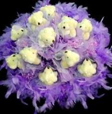 11 adet pelus ayicik buketi  İzmit anneler günü çiçek yolla