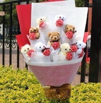 İzmit online çiçekçi , çiçek siparişi  9 adet ayicik ve 9 adet yapay gül