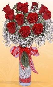 10 adet kirmizi gülden vazo tanzimi  İzmit çiçek mağazası , çiçekçi adresleri