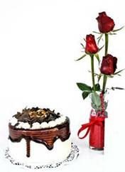 İzmit online çiçekçi , çiçek siparişi  vazoda 3 adet kirmizi gül ve yaspasta