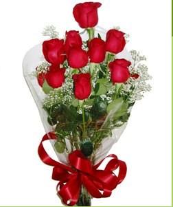 İzmit çiçek yolla  10 adet kırmızı gülden görsel buket
