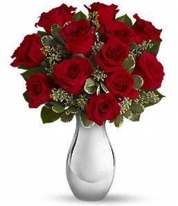 İzmit online çiçekçi , çiçek siparişi   vazo içerisinde 11 adet kırmızı gül tanzimi