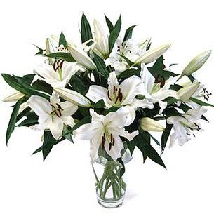 İzmit uluslararası çiçek gönderme  3 dal görsel casablanca vazo tanzimi