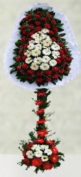 İzmit kaliteli taze ve ucuz çiçekler  çift katlı düğün açılış çiçeği