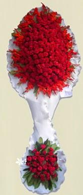 Çift katlı kıpkırmızı düğün açılış çiçeği  İzmit çiçekçi telefonları