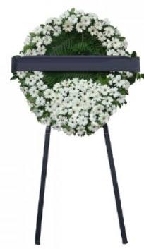 Cenaze çiçek modeli  İzmit çiçek gönderme