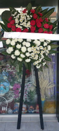 Cenaze çiçeği cenaze çiçek modelleri  İzmit çiçek mağazası , çiçekçi adresleri