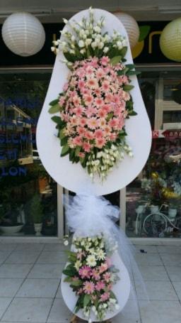 Çift katlı özel şahane sepet çiçeği  İzmit uluslararası çiçek gönderme