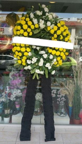 Cenaze çiçek modeli cenaze çiçeği  İzmit uluslararası çiçek gönderme
