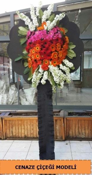 Karşıyaka mezarlığı cenaze çiçeği  İzmit 14 şubat sevgililer günü çiçek