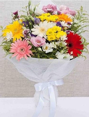 Karışık Mevsim Buketleri  İzmit hediye sevgilime hediye çiçek