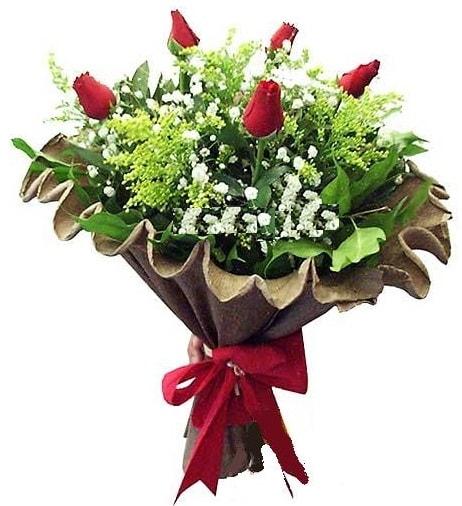 5 adet gülden buket  İzmit online çiçek gönderme sipariş