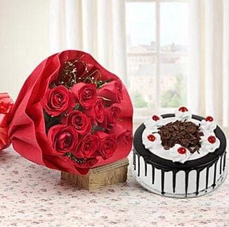 12 adet kırmızı gül 4 kişilik yaş pasta  İzmit anneler günü çiçek yolla