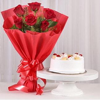 6 Kırmızı gül ve 4 kişilik yaş pasta  İzmit anneler günü çiçek yolla