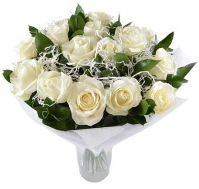 15 beyaz gül buketi sade aşk  İzmit 14 şubat sevgililer günü çiçek